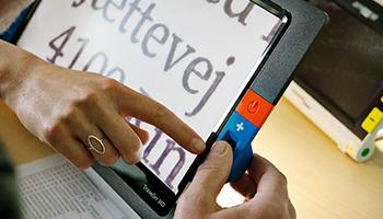 Forstørrelse af tekst på en skærm